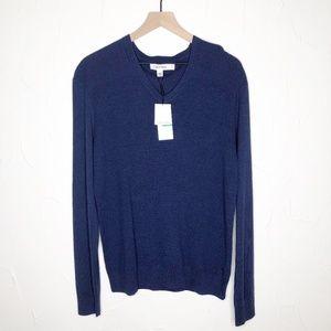 Calvin Klein | NWT Navy V-neck Sweater Size Large